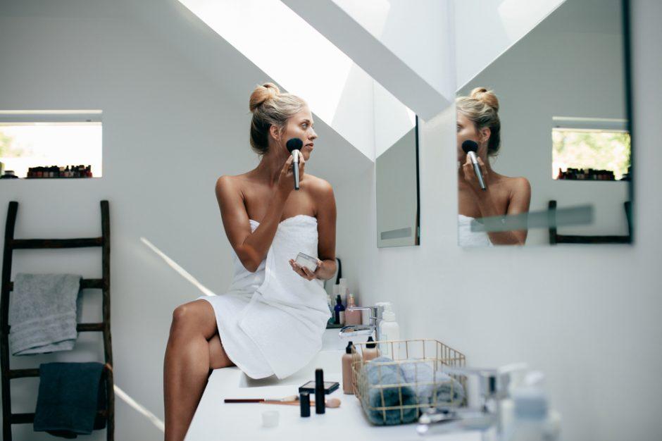 Trucos de maquillaje profesional para lucir una piel perfecta