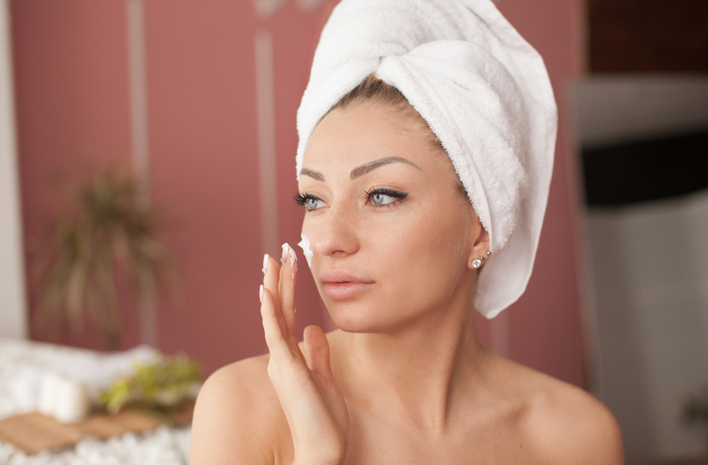 ¿Cuál es el orden correcto de aplicación de tus cosméticos?